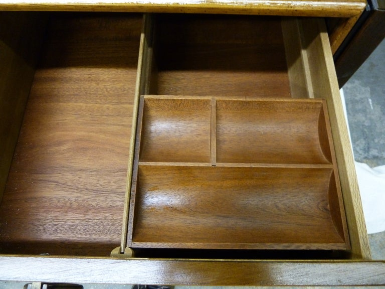 Mid Century Henredon Walnut Dresser At 1stdibs