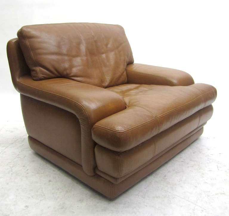 roche bobois leather recliner and ottoman at 1stdibs. Black Bedroom Furniture Sets. Home Design Ideas