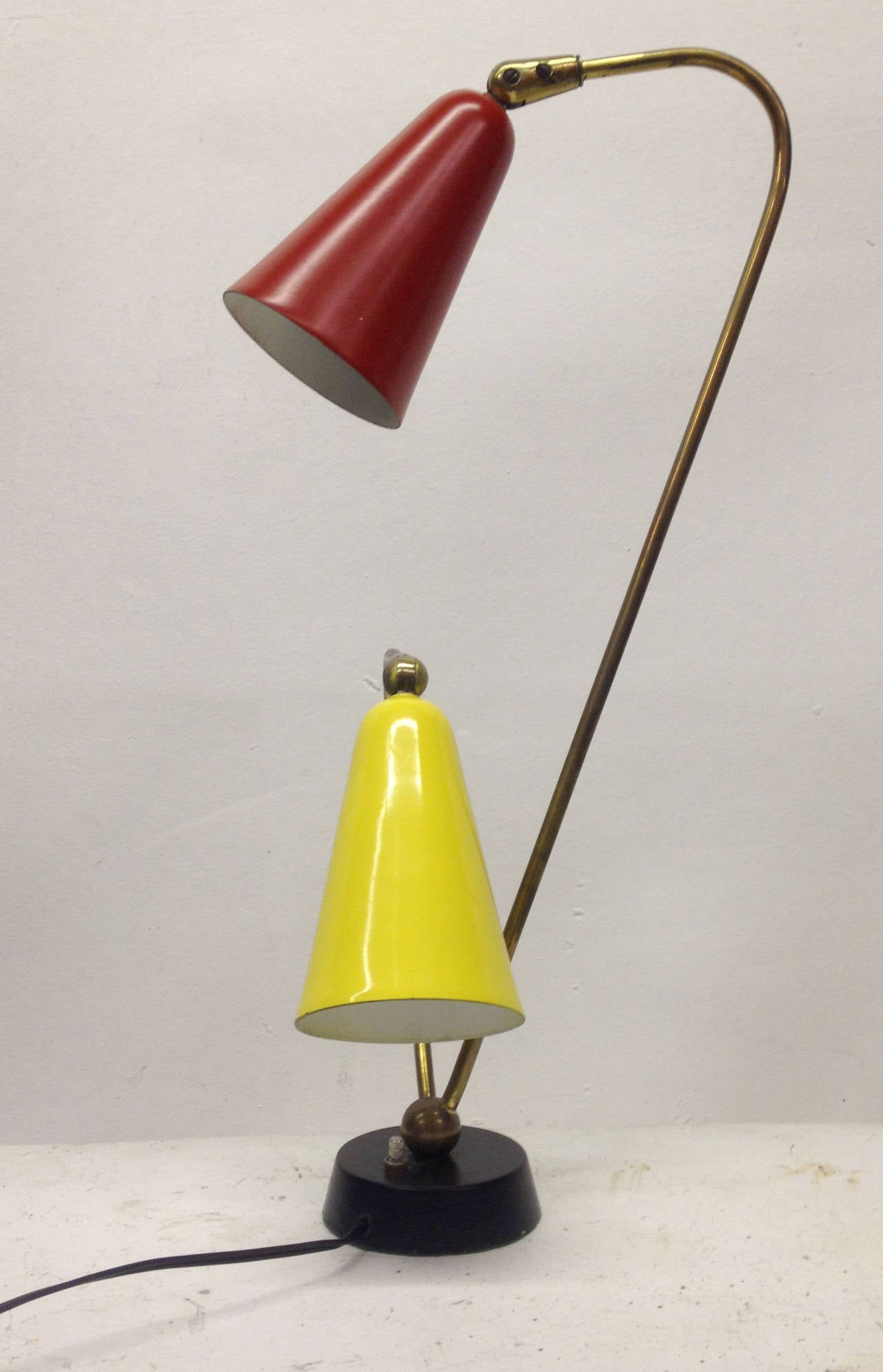 mid century modern two arm table lamp at 1stdibs. Black Bedroom Furniture Sets. Home Design Ideas