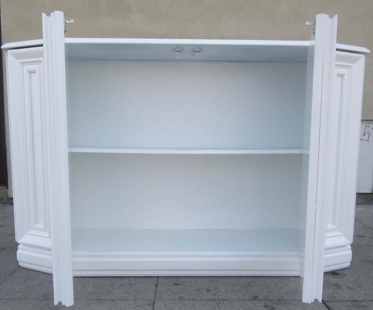 American Elegant Console Cabinet in White Lacquer Finish For Sale