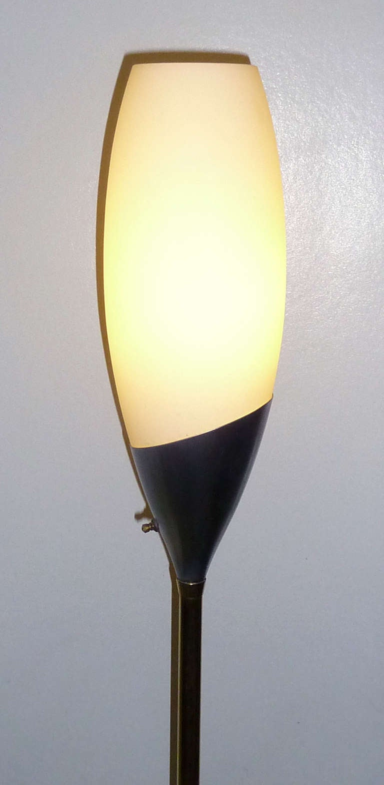 Mid Century Modern Floor Lamp By Gerald Thurston For