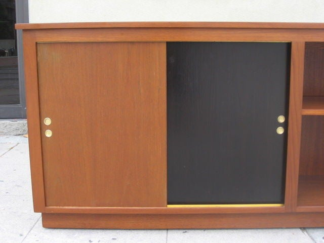 Mid-Century Modern Danish Modern Cabinet / Bookcase in Teak For Sale