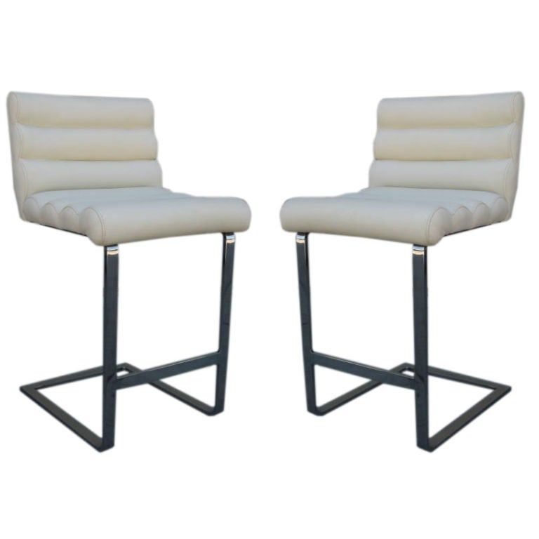 Pair Of Cantilevered Counter Top Stools By Milo Baughman