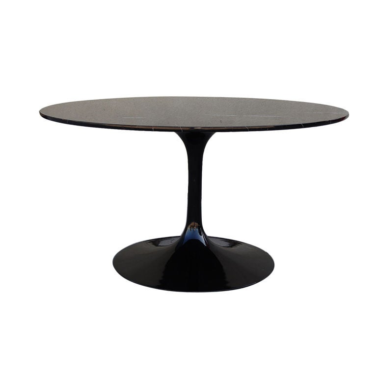 Black Pedestal Tulip dining table by Eero Saarinen at 1stdibs : XXX825812953116961768 from www.1stdibs.com size 768 x 768 jpeg 17kB