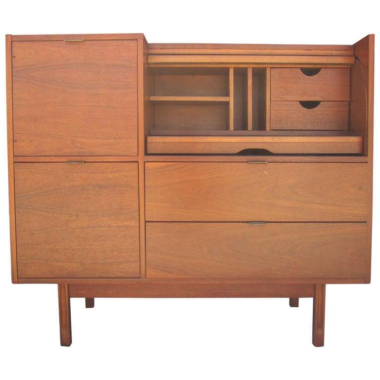 1151196. Black Bedroom Furniture Sets. Home Design Ideas