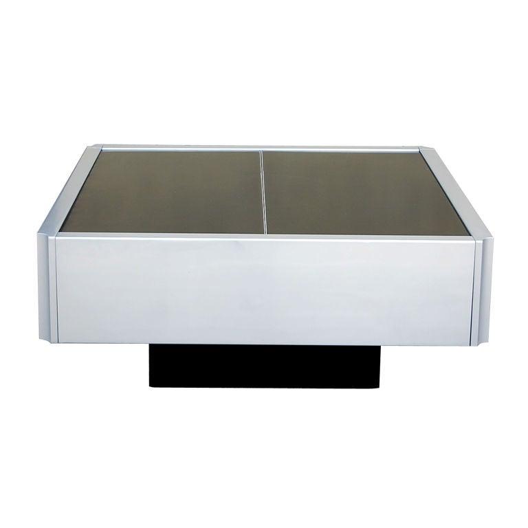 mobilier international coffee table bar at 1stdibs. Black Bedroom Furniture Sets. Home Design Ideas