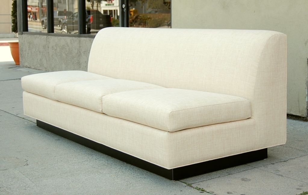 Minimal French Sofa by Pierre Folie for Jacques Charpentier 2