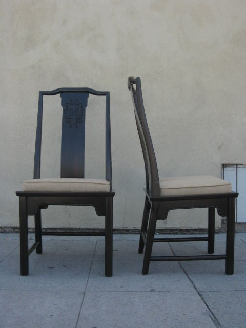 Set Of 8 Chairs And A Dining Table By Thomasville At 1stdibs