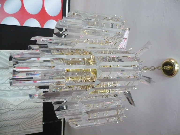 Glistening Lucite Chandelier In Excellent Condition For Sale In Culver City, CA