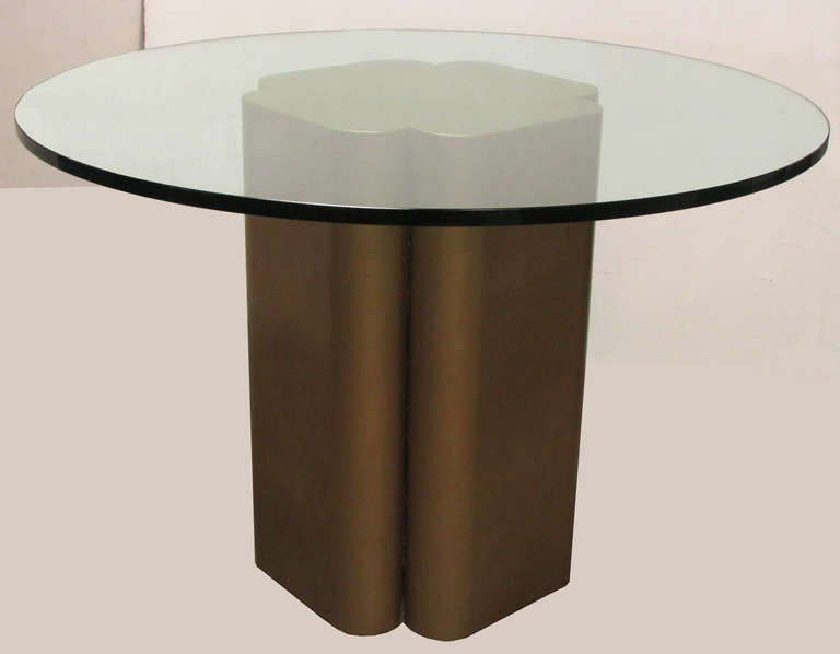 Modern Dining Set With Quatrefoil Base Table And