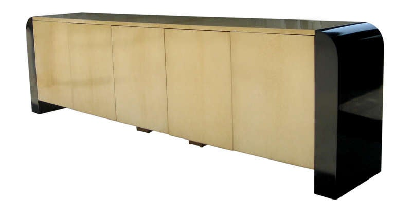 Nine Foot Long Italian Credenza by Aldo Tura 4