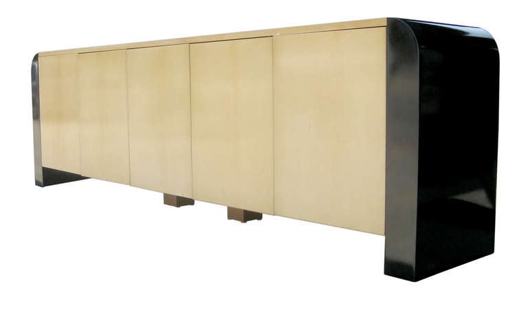 Nine Foot Long Italian Credenza by Aldo Tura 3