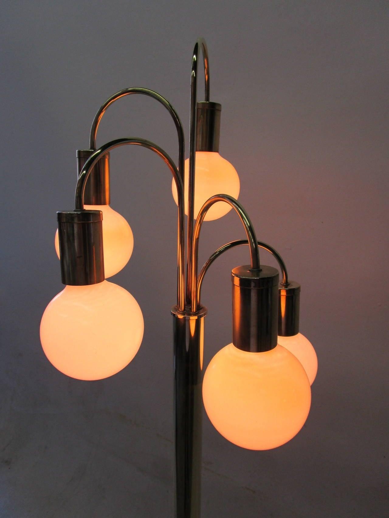 Waterfall Five-Arm Brass  Floor Lamp by Robert Sonneman In Excellent Condition In Pasadena, CA