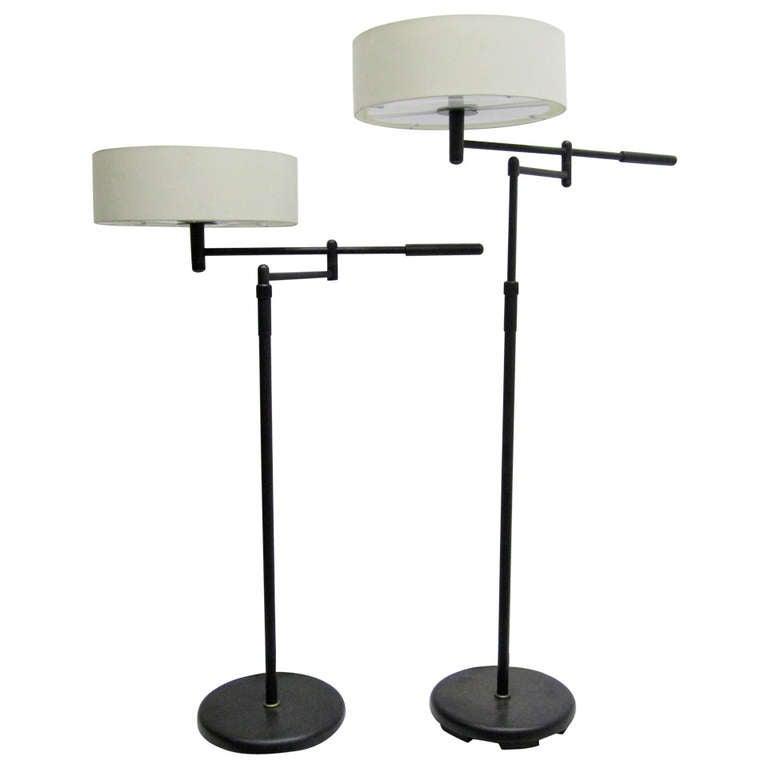 911583. Black Bedroom Furniture Sets. Home Design Ideas