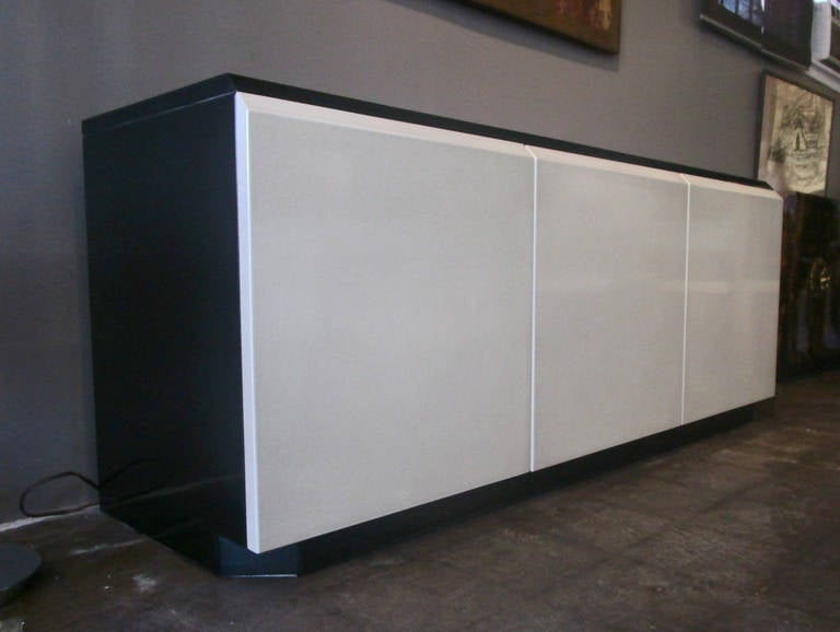 Late 20th Century Glamorous Iridescent Lacquered Credenza by Roger Rougier For Sale
