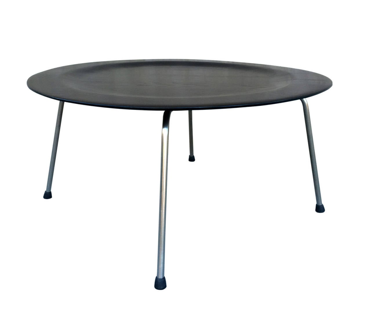 charles eames original ctm coffee or side table at 1stdibs. Black Bedroom Furniture Sets. Home Design Ideas