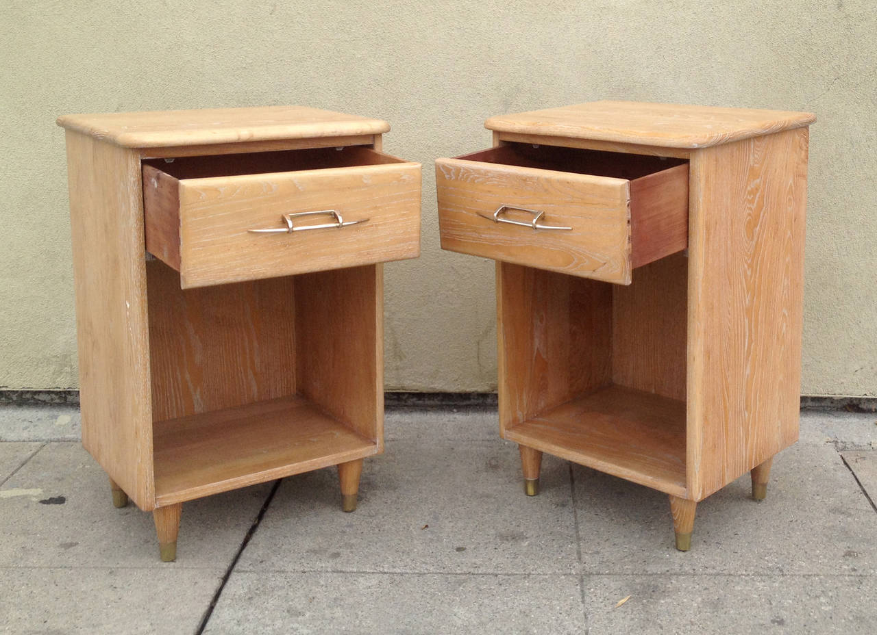 Pair of 1950s Nightstands with Subtle Cerused Finish In Excellent Condition For Sale In Los Angeles, CA