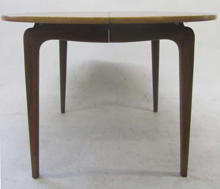 Mid Century Modern Dining Table in Walnut and Sycamore at