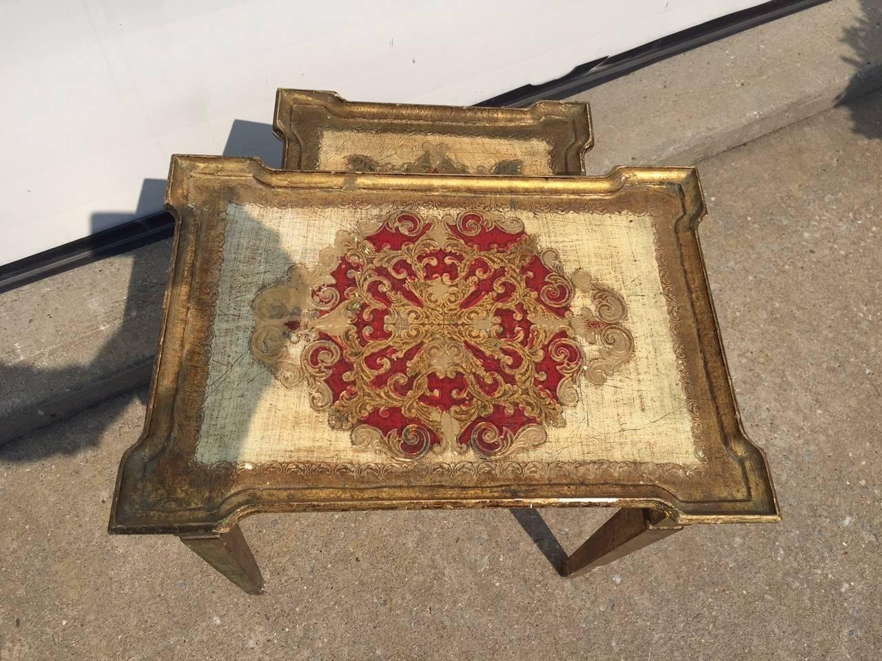 Early 1900s Italian Gilt Nesting Tables, Polychromed For Sale 4