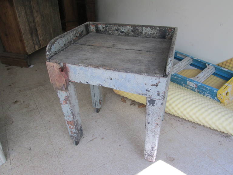Swedish work table, excellent in an entrance hall, kitchen or as a bedside table or globe stand.  Please visit our storefront on 1st Dibs to see all of our wonderful products.