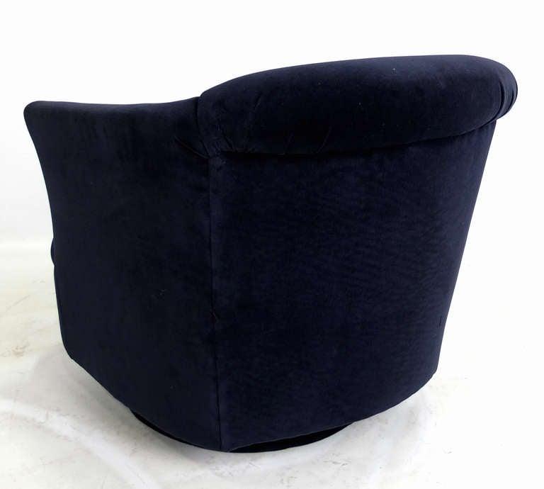 Navy Velvet Club Chair: Pair Of Navy Blue Velvet Swivel Club Chairs At 1stdibs