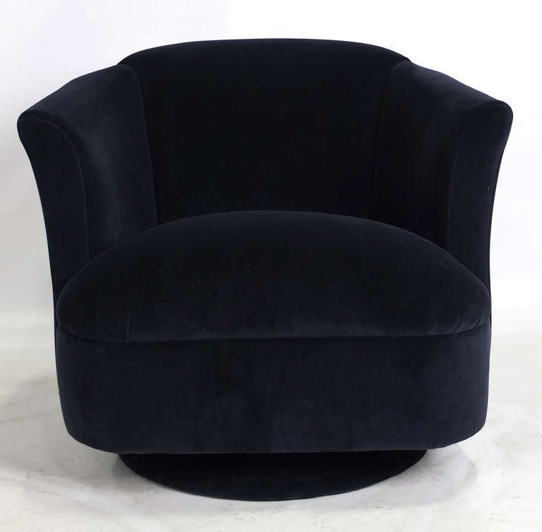 Pair Of Navy Blue Velvet Swivel Club Chairs At 1stdibs