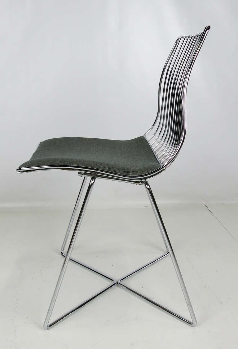 Merveilleux Modern Italian Chrome Wire Desk Chair For Sale