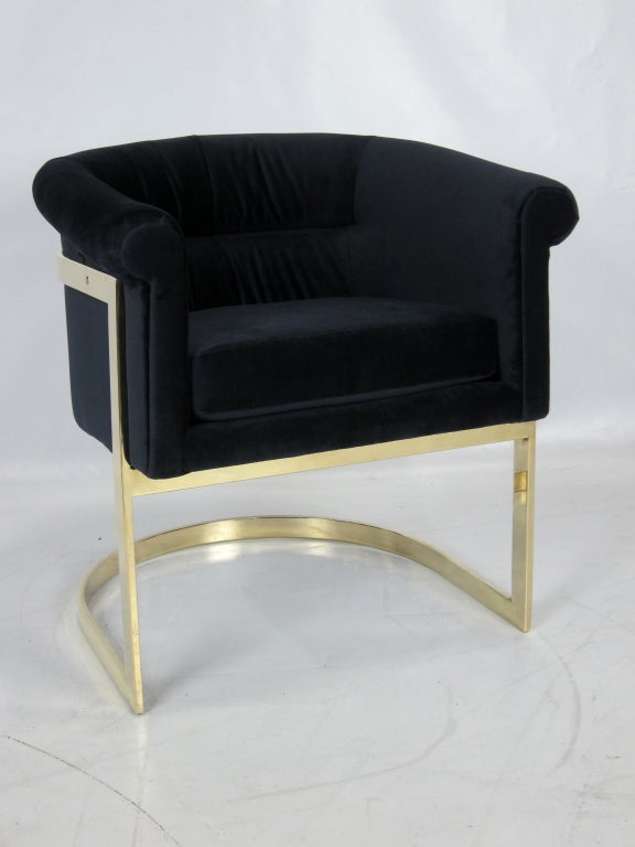 Pair of Brass Milo Baughman Lounge Chairs in Navy Velvet image 2