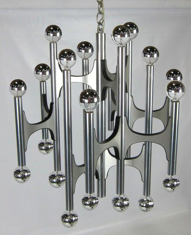 Brushed 20 Light Chandelier by Gaetano Sciolari for Lightolier For Sale