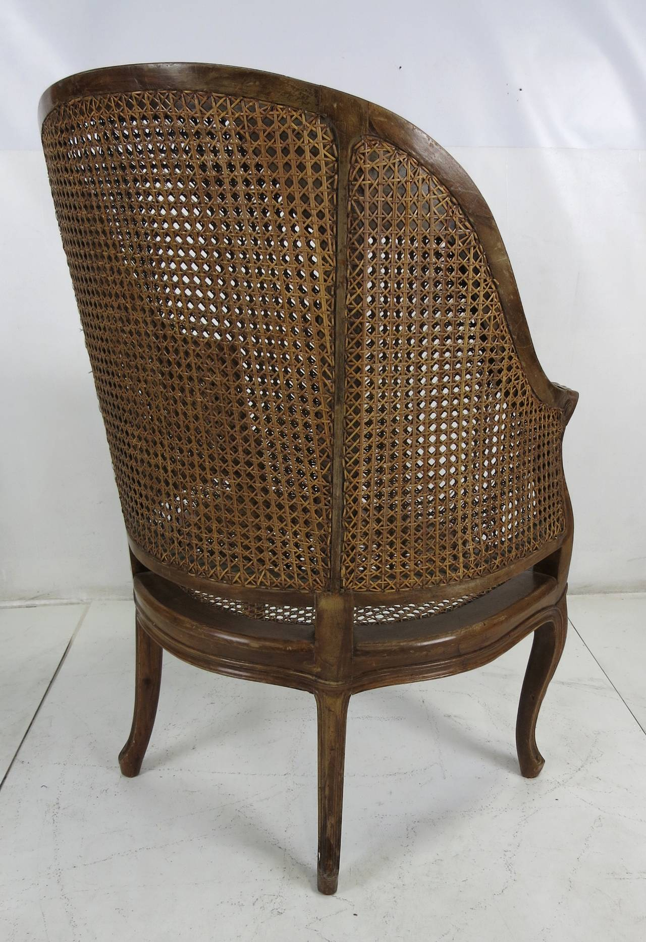 Caning Large-Scale Italian Louis XV Style Barrel Chair For Sale