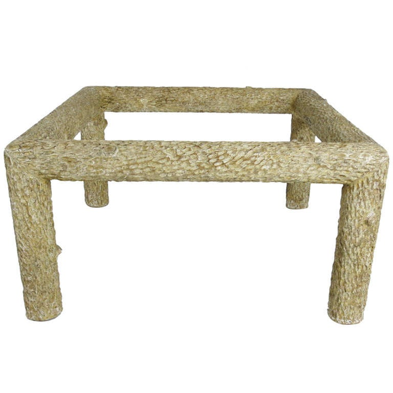 Faux bois coffee table for sale at 1stdibs Table jardin imitation bois