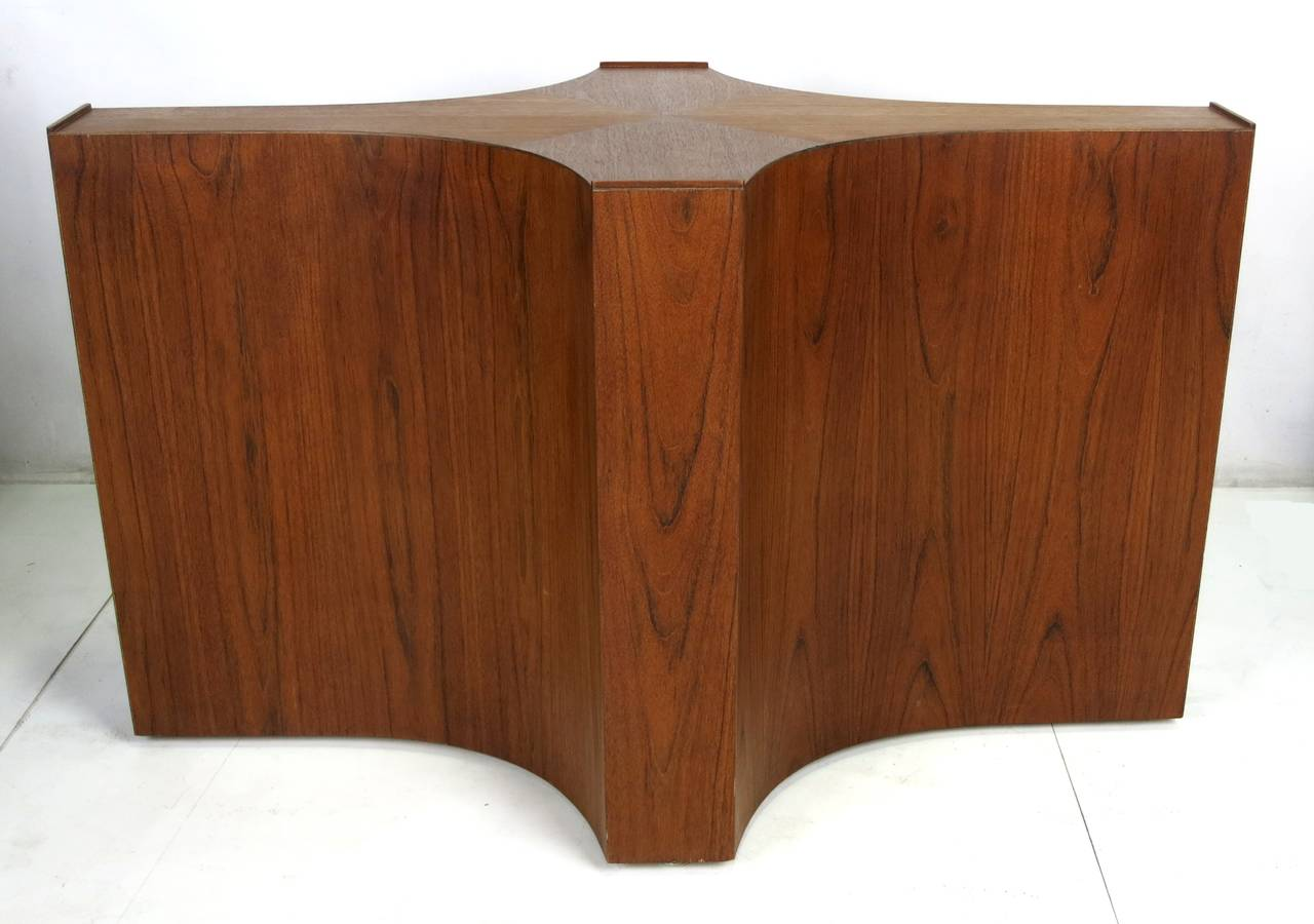 Large-Scale Walnut Cruciform Dining Table Base at 1stdibs
