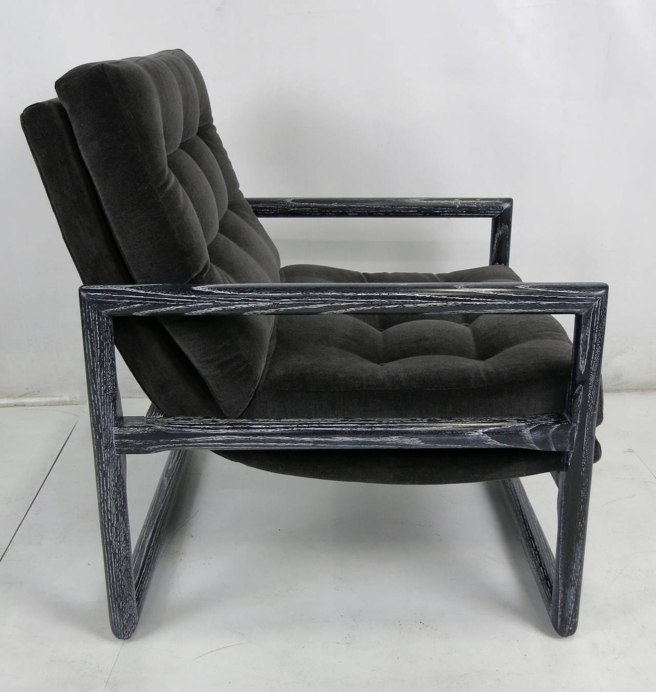Mid-Century Modern Pair of Ebonized Cerused Oak Scoop Chairs  For Sale