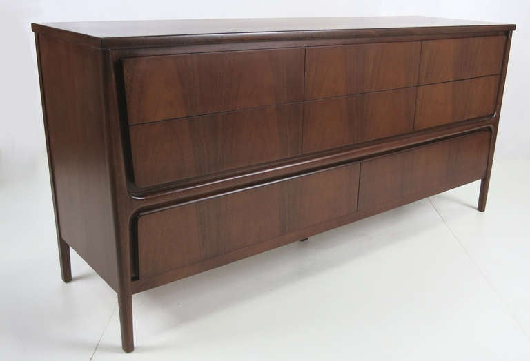 Sculptural Walnut Dresser With Exterior Mounted Legs For