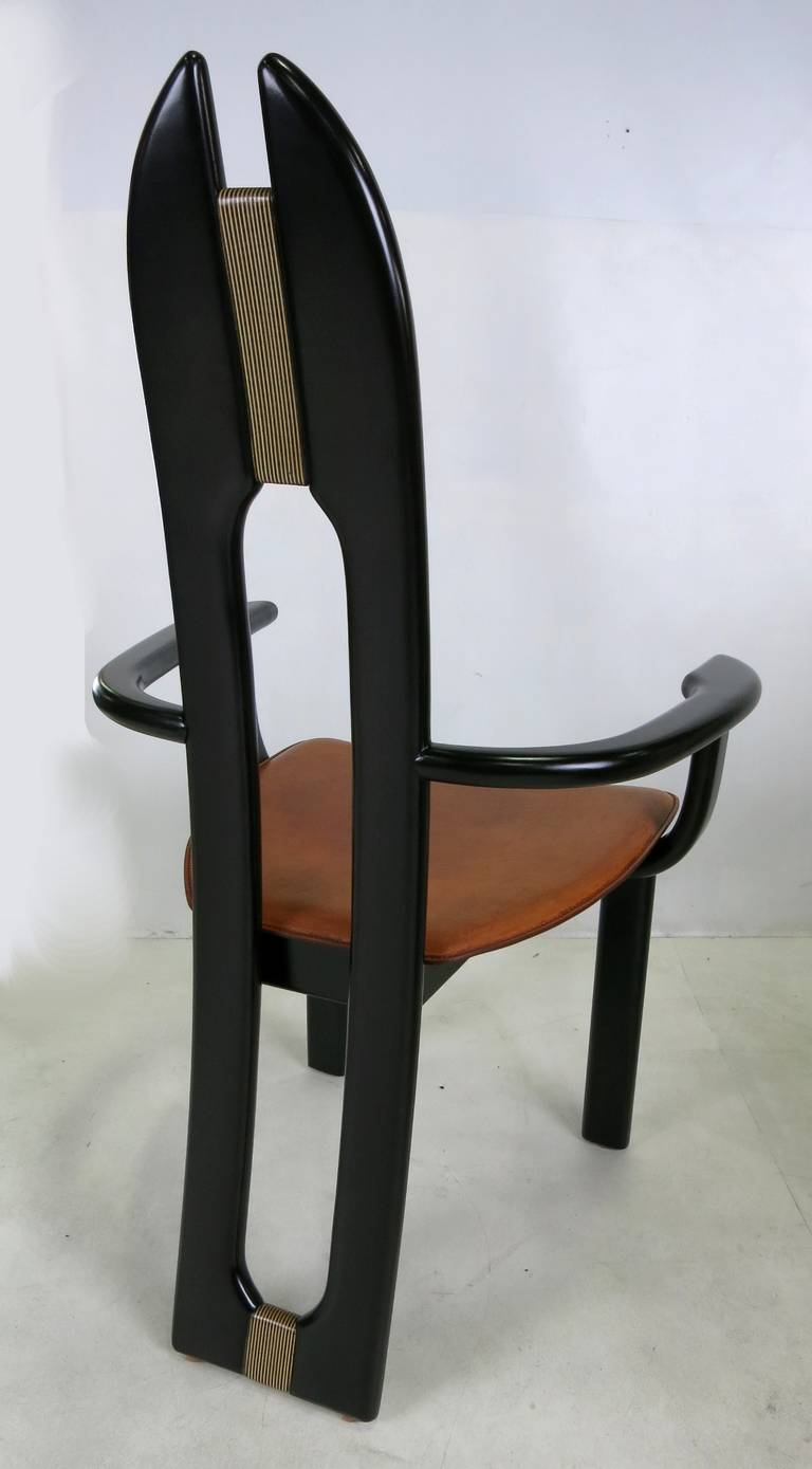 20th Century Set of Six Italian Avant Garde Dining Chairs  For Sale