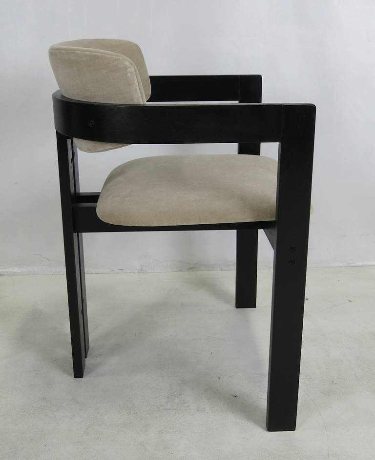 Six italian modern dining chairs at 1stdibs for Italian dining chairs modern