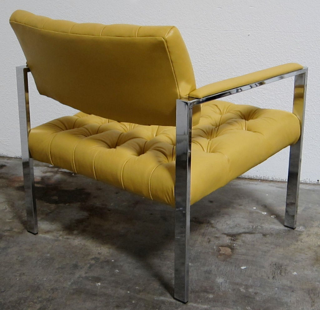 Mid-Century Modern Pair of Italian Leather Lounge Chairs by Milo Baughman For Sale