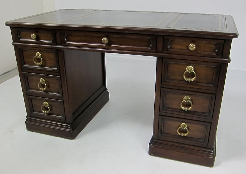 Handsome Leather Top Kneehole Desk By Sligh At 1stdibs