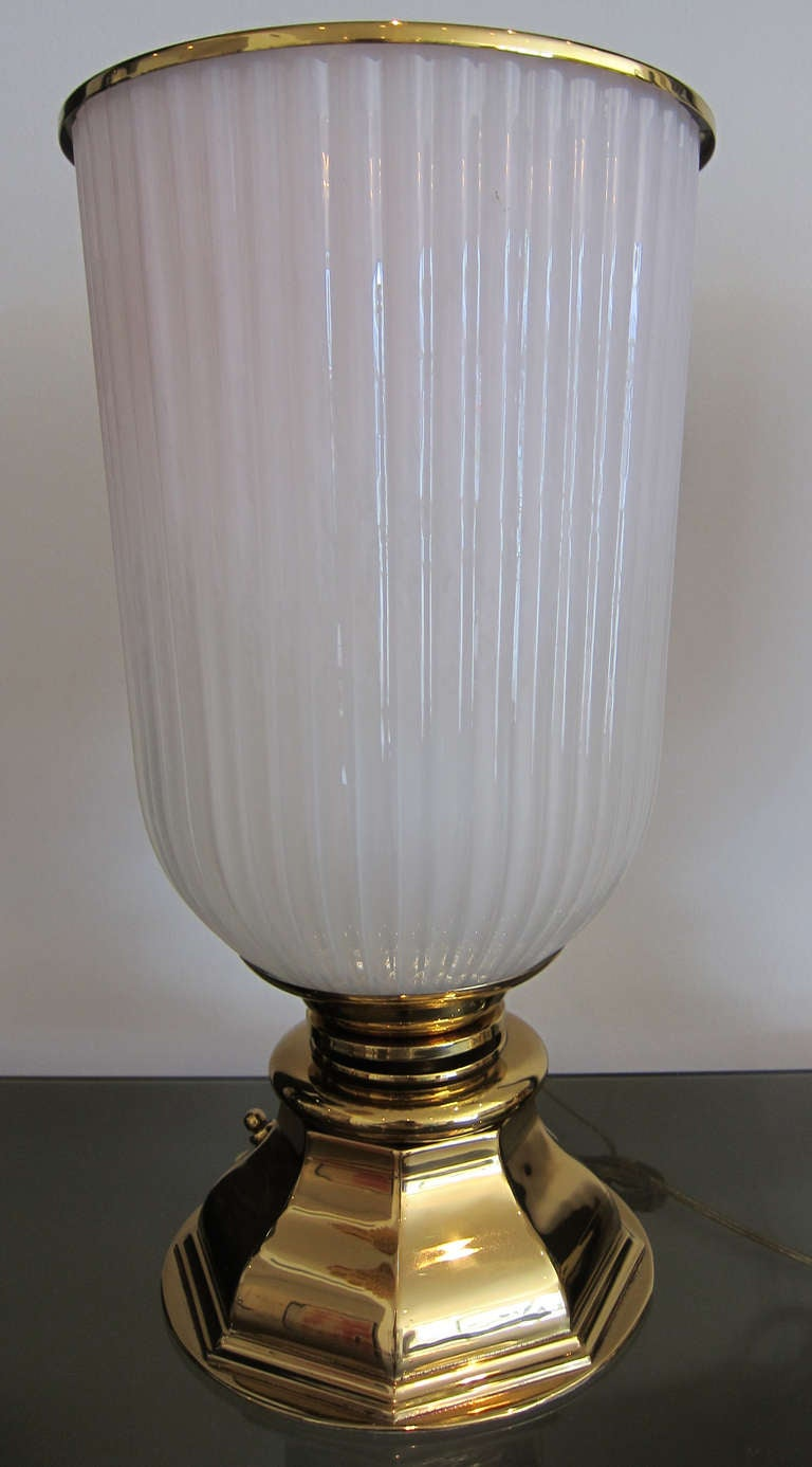 pair of frosted glass urns table lamps at 1stdibs. Black Bedroom Furniture Sets. Home Design Ideas