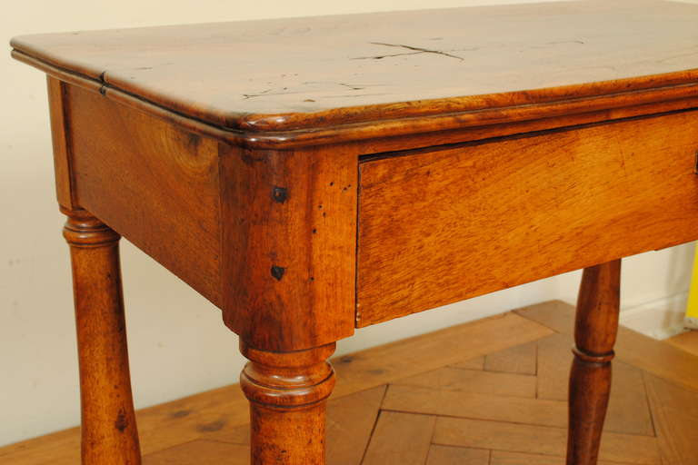 Louis philippe one drawer table at 1stdibs for Table ronde louis philippe