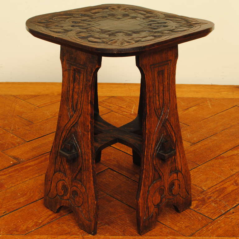 American arts and crafts oak side table for sale at 1stdibs for Arts and crafts side table