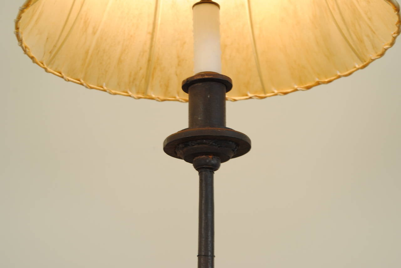 this italian wrought iron floor lamp turn of the 20th century is no. Black Bedroom Furniture Sets. Home Design Ideas