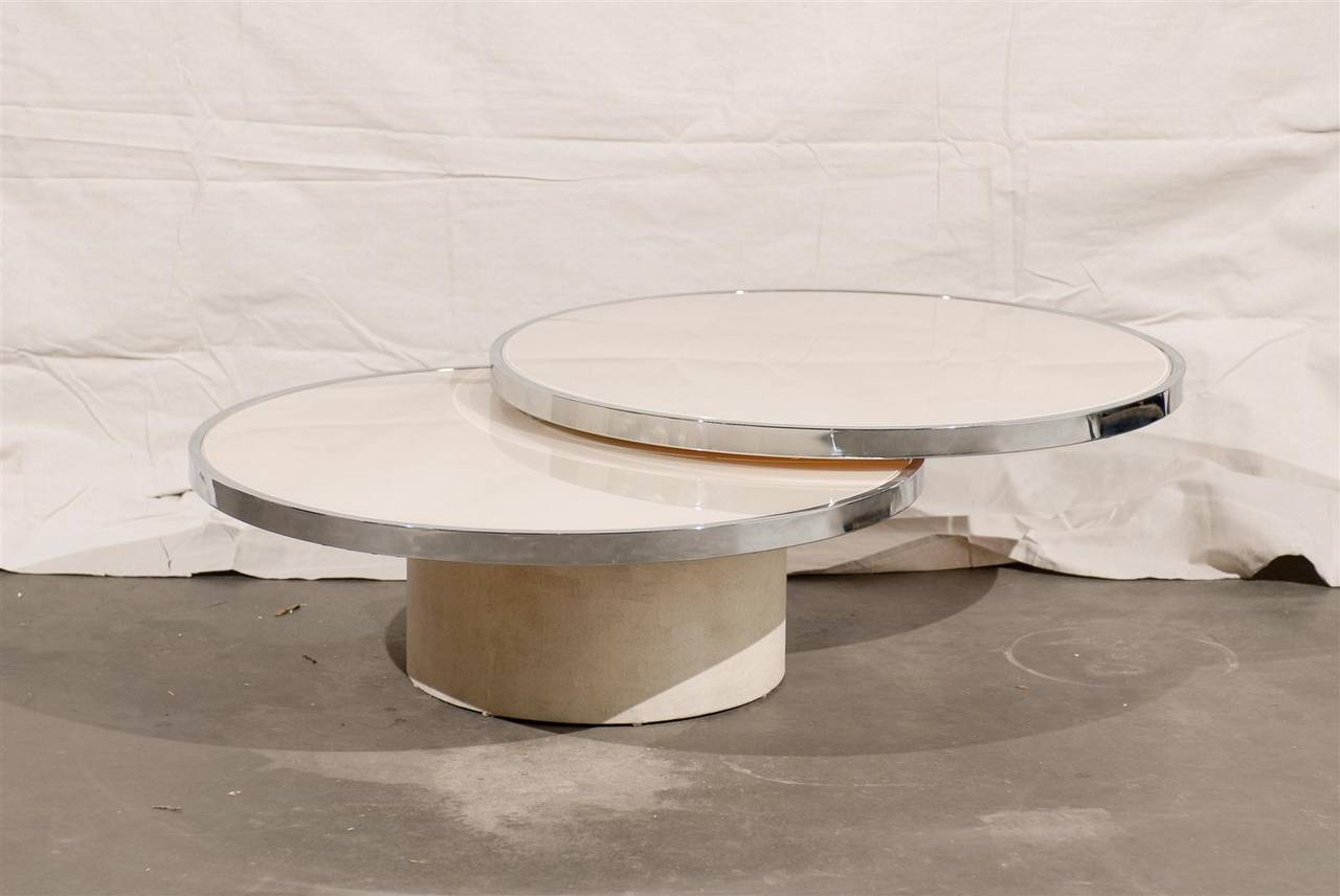 Https Www 1stdibs Com Furniture Tables Coffee Tables Cocktail Tables Mid Century Round Rotating Glass Coffee Table Style Rougier Id F 1963842