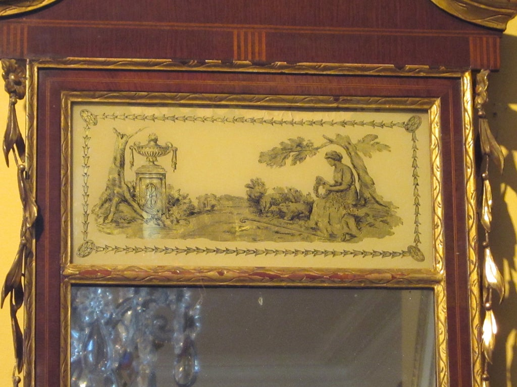 19th Century Federal Style Mirror with Gilt Detail & Églomisé In Good Condition For Sale In Atlanta, GA