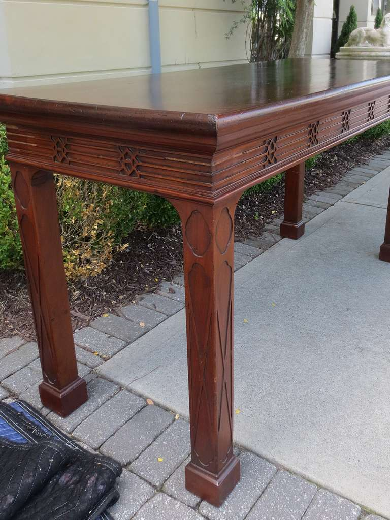 18th-19th Century English, Blind Fretwork Serving Table In Good Condition For Sale In Atlanta, GA