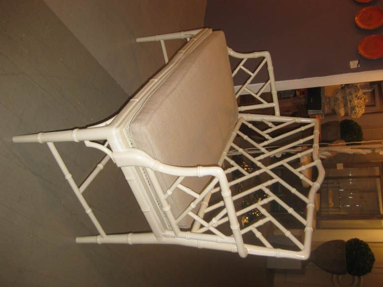 Vintage Faux Bamboo Settee With A Belgian Linen Cushion In Good Condition For Sale In Stamford, CT