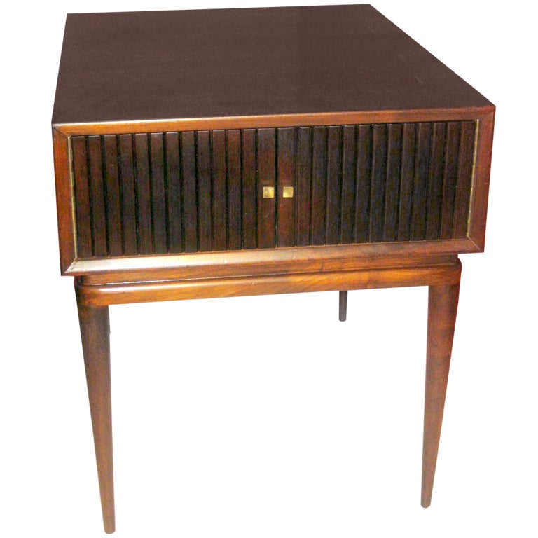 Small Mid Century Modern End Tables: Mid Century Modern Side Table At 1stdibs