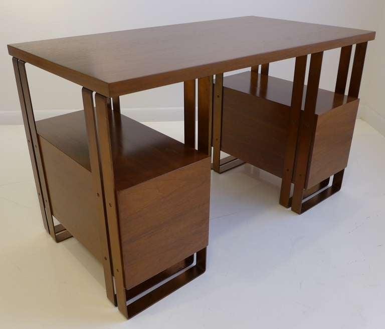 Deskey Desk Machine Age Desk In Excellent Condition For Sale In New York, NY