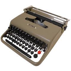 Lettera 22 Portable Typewriter by Olivetti