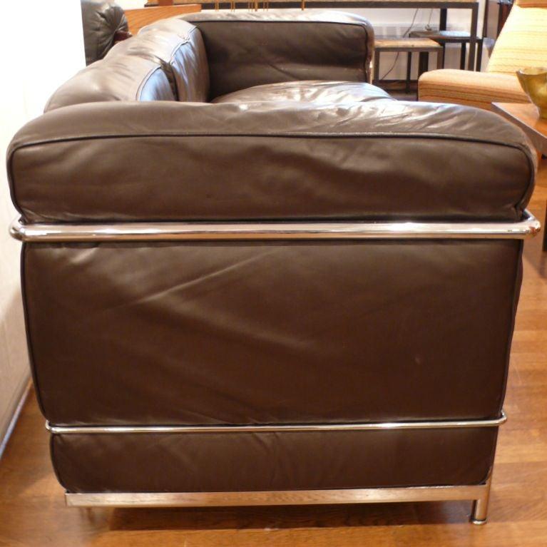 Leather Sofas Preston Lancashire: Vintage Le Corbusier Sofa In Dark Brown Leather At 1stdibs